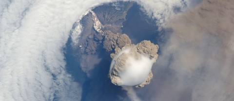 Some natural events, like big volcanic eruptions that spit huge amounts of dust and chemicals into the upper atmosphere, could temporarily lower the Earth's temperature. Trying to replicate that kind of event is a risky business say researchers from the EU-funded IMPLICC project. Here is a striking view of Sarychev volcano (Russia's Kuril Islands, northeast of Japan) at an early stage of eruption on 12 June 2009 as seen by the astronauts on board the International Space Station. © NASA