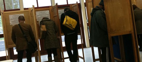 Voters at polling stations have a more positive experience, according to researchers. Image credit: 'Voting in Hackney' by Alex Lee is licensed under CC BY 2.0