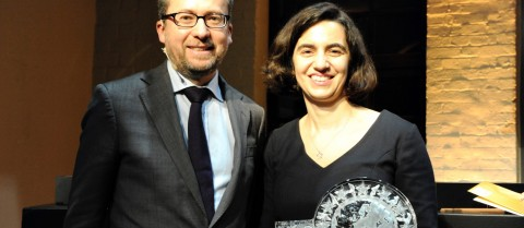 Carlos Moedas, European Commissioner for Research, Science and Innovation, presented the Women Innovators first prize to Dr Susana Sargento on 10 March. Image courtesy of the European Commission