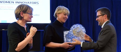 European Commissioner Carlos Moedas and European Parliament Vice-President Mairead McGuinness presented Michela Magas with first place in the EU Prize for Women Innovators. Credit: European Union/ François Walschaerts