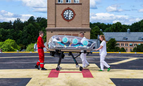 Single-patient isolation pods can help protect air ambulance crews from infection, allowing coronavirus patients to be transported to areas with higher intensive care capacity. Image credit - EpiGuard