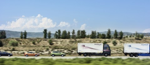The SARTRE road train being tested on a motorway in Spain in 2012. © SARTRE