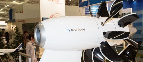 Open rotor jet engines could reduce fuel consumption and carbon dioxide emissions by 25 % to 30 % compared to standard jet engines. © Safran