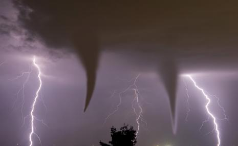 It is in atmospheric regions of so-called supercell storms that tornadoes may develop. © Shutterstock