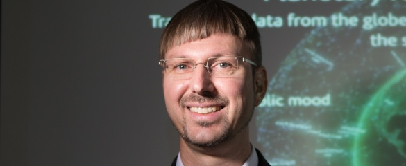 Energy-saving smart grids and more accurate disease forecasting are just some of the potential applications of big data, says Prof. Dirk Helbing. Image: Sabina Bobst