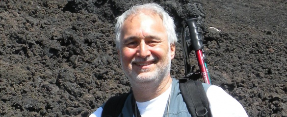Satellites can enhance volcano eruption warnings, according to Dr Giuseppe Puglisi, the scientific contact person for the EU-funded MED-SUV research consortium.