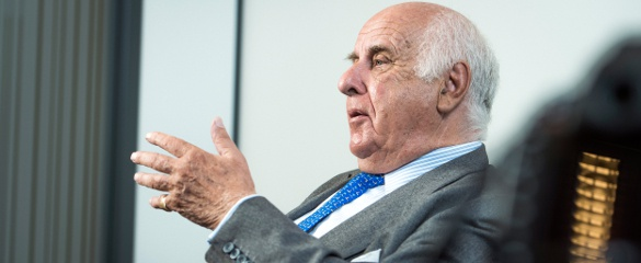Etienne Davignon, European Commissioner for Industrial Affairs and Energy 1981-1985 and Vice-President of the Commission, played a key role in setting up the Framework Programmes.