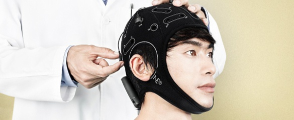 Wireless headsets enable people to communicate with computers via thought and could have applications for chronic pain relief. Image courtesy of Neuroelectrics