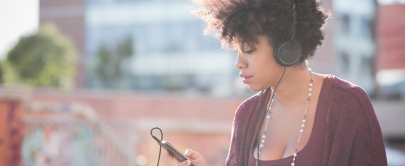 Researchers are looking into the way our brains perceive emotion in music. Image: Shutterstock/ Eugenio Marongiu