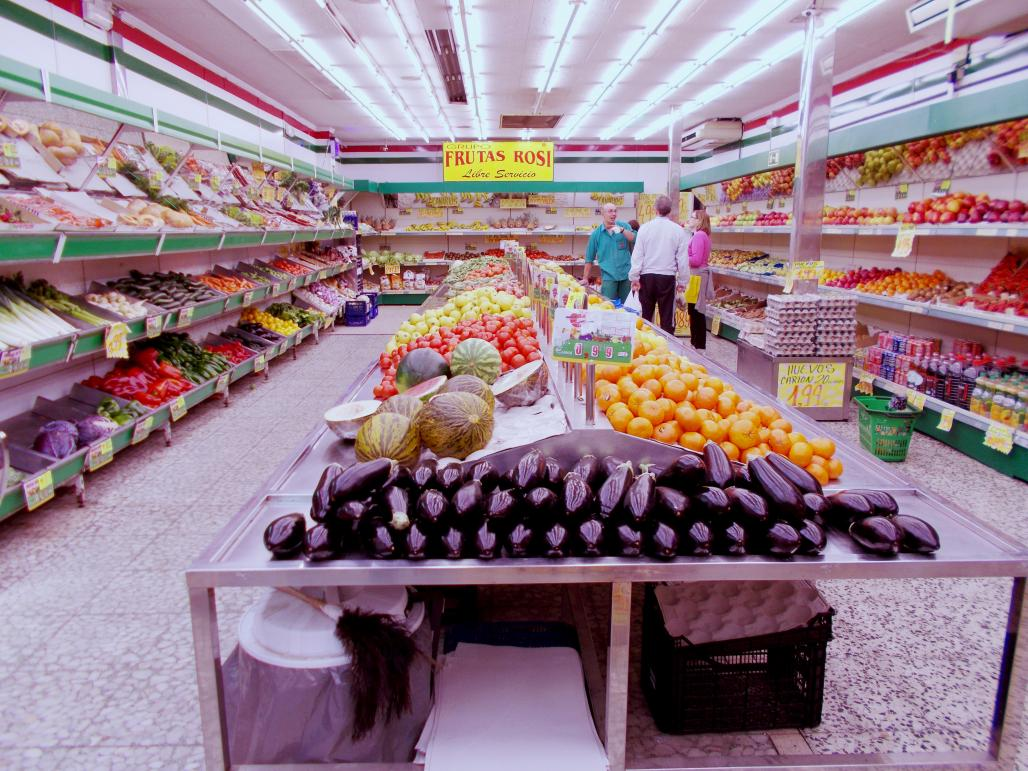 Dr Franco has been investigating the food availability in two low-income neighbourhoods in Madrid, Spain, as part of the Heart Healthy Hoods project, funded by the EU's European Research Council. As part of his work, he ran a photo project, asking residents to take photographs of their neighbourhoods and using them to spark conversations about the types of food that are accessible around them and to reflect on some of the unhealthy options. One participant snapped this shot and said, 'At the back … rotten f