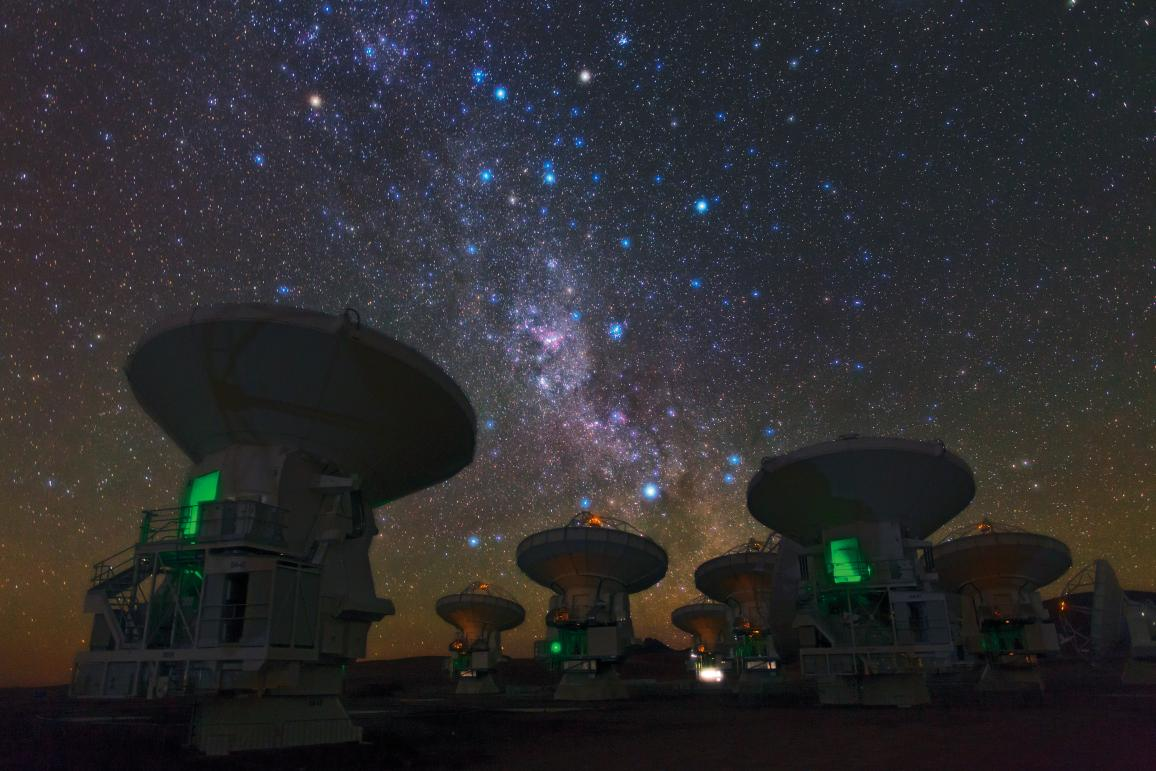 ALMA is built in the high Andes because millimetre and submillimetre radiation are heavily absorbed by water vapour in the Earth's atmosphere. Telescopes for this kind of astronomy must therefore be built on high, dry sites, such as the 5000 metre high plateau at Chajnantor, one of the highest and driest astronomical observatory sites on Earth. © ALMA (ESO/NAOJ/NRAO)